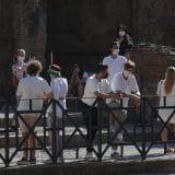 """U Italiji na javna mesta u zatvorenom samo uz """"zelenu propusnicu"""" 3"""