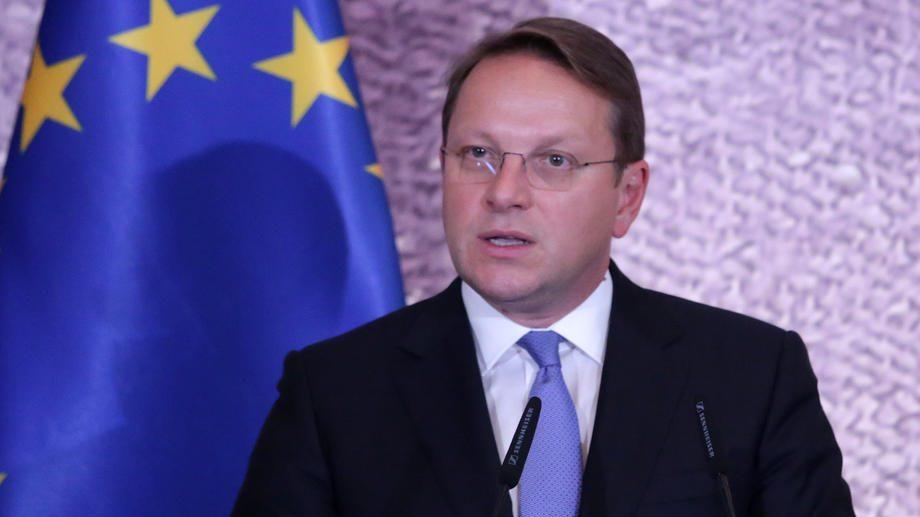 """Varhelji često """"žmuri"""" na zloupotrebe vladavine prava u Srbiji 1"""