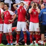 Kardiolog: Eriksen možda više ne bude igrao fudbal 11