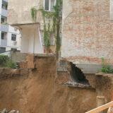 urusena zgrada na Vracaru