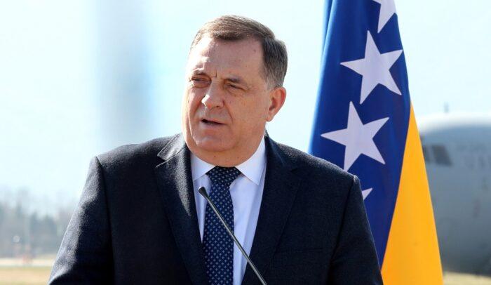 Dodik: Može sastanak sa Šmitom, ali uz uslov 13