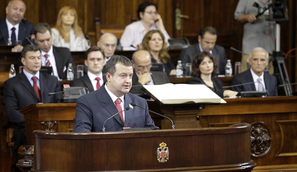 Opozicija bez reči hvale za vlast Vučića i Dačića 1