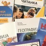 Briga za đake ili borba za glasove: Brojne nedoumice o besplatnim udžbenicima 1