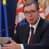Vučić: U prvoj polovini godine rast oko 7,5 odsto 10