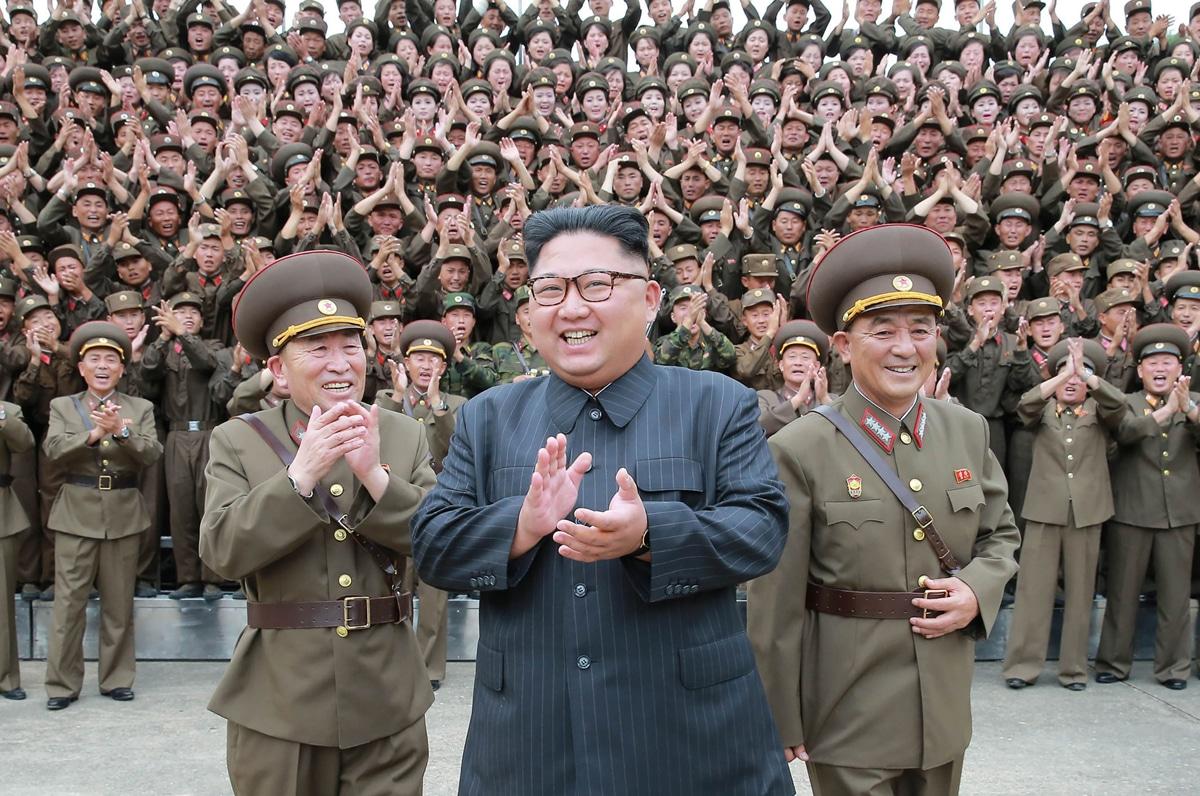 Kim Jong-un inspecting strategic forces in 2017