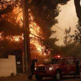 Evropa i požari: Vatra se širi po šumama blizu grčke prestonice, kritično na Sardiniji 10