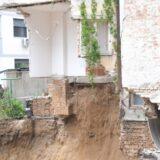 Urušen deo zgrade na Vračaru, nema povređenih, stanari evakuisani (VIDEO) 9