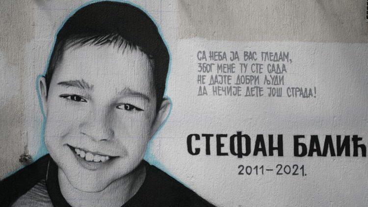 Na Karaburmi naslikan mural nastradalog dečaka 1