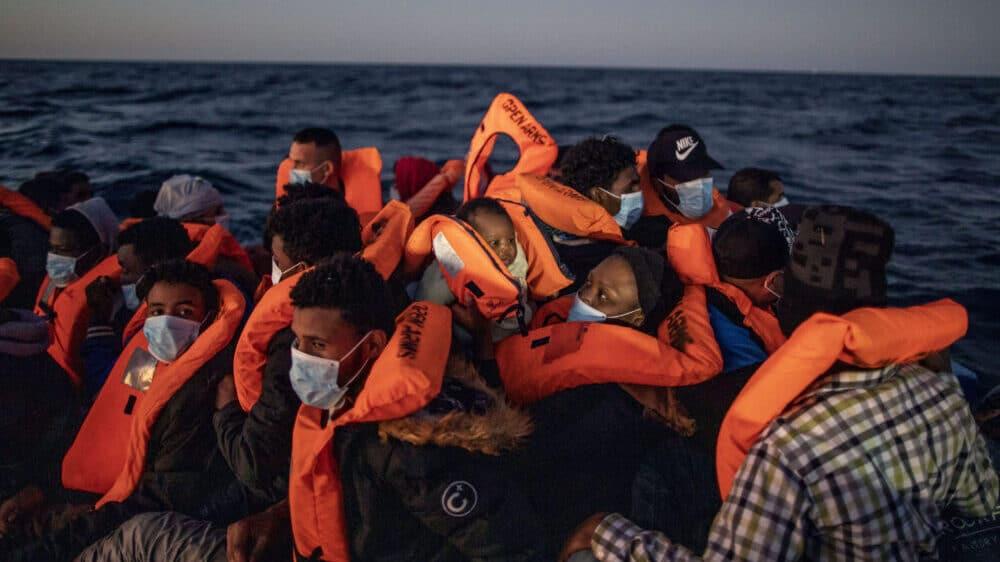 Grčke vlasti spasile 36 migranata, devet osoba nestalo u nevremenu 1