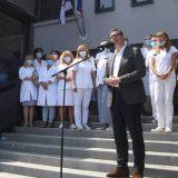 Vučić: Povećanje plata do kraja godine za zdravstvene radnike, biće i novih bolnica 4