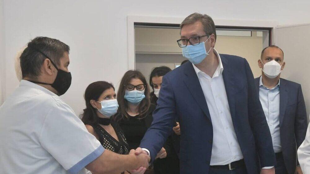 Opozicione stranke u Paraćinu kritikovale posetu Vučića pomoravskim opštinama 1