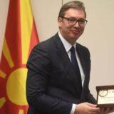 Vučiću uručena zahvalnica zbog donacija vakcina Severnoj Makedoniji 11