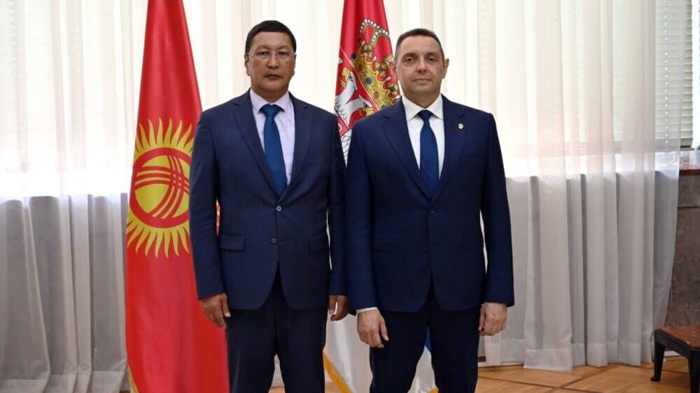 Vulin razgovarao sa kirgijskim ministrom za vanredne situacije 1
