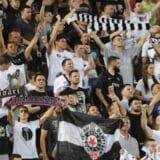 Navijači na utakmici Vojvodina-Partizan ponovo skandirali protiv Vučića 16