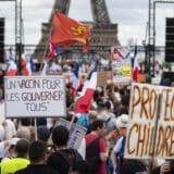 Parižani protestuju protiv kovid propusnica 9
