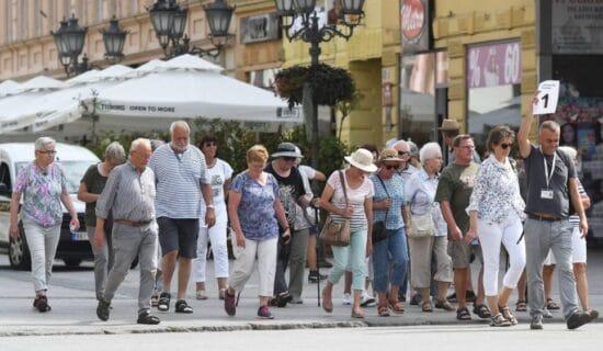 Poreska uprava traži platežne turiste 14