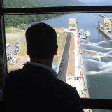 Vučić obišao rekonstruisanu brodsku prevodnicu na HE Đerdap 1 12