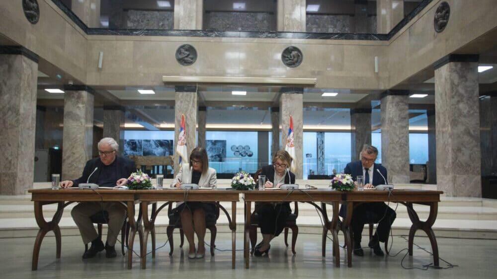 Potpisan Sporazum o digitalizaciji Miroslavljevog jevanđelja 1