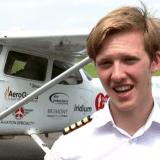 Tinejdžer iz Engleske obleteo svet u avionu jednomotorcu 5
