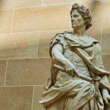 Na današnji dan rođen je Gaj Julije Cezar 11