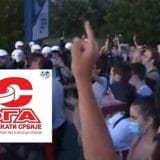 Blokada upozorenja magistralnog puta nezadovoljnih radnika preduzeća Simpo Šik u Kuršumliji 2