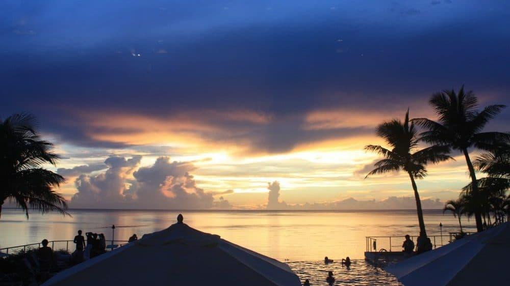 """Air VnV: Guam privlači turiste paket aranžmanima koji uključuju """"odmor i vakcinaciju"""" 1"""