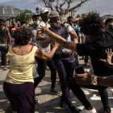 Kubu potresli najveći protesti u tri decenije 12