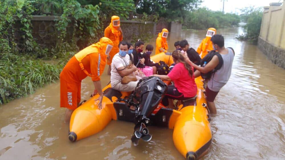Najmanje 76 ljudi stradalo u poplavama izazvanim monsunskim kišama u Indiji 1