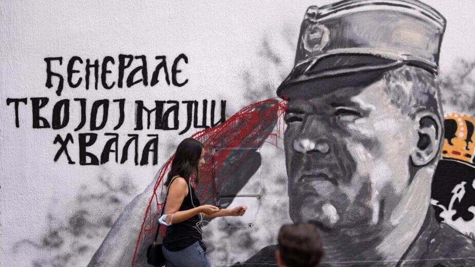 AP: Političari bosanskih Srba negoduju zbog stavljanja poricanja genocida van zakona 1