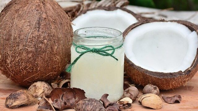Razlike između kokosovog mleka i kokosove vode 1