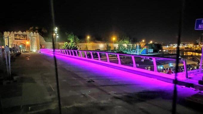 Tvrđavski most osvetljen kao Zadruga, a na njemu još radovi 1