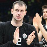 Novica Veličković završio košarkašku karijeru 3