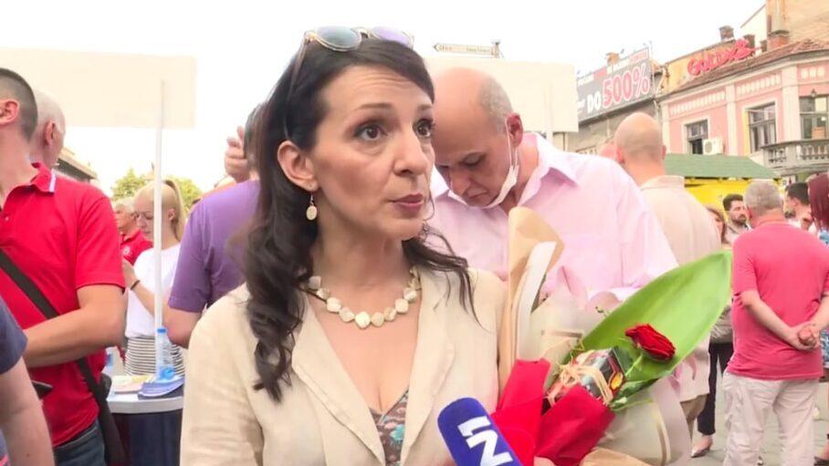 """Incidenti i na konferenciji za novinare SSP u Nišu, grupa žena vređala i """"propitivala"""" Mariniku Tepić 1"""