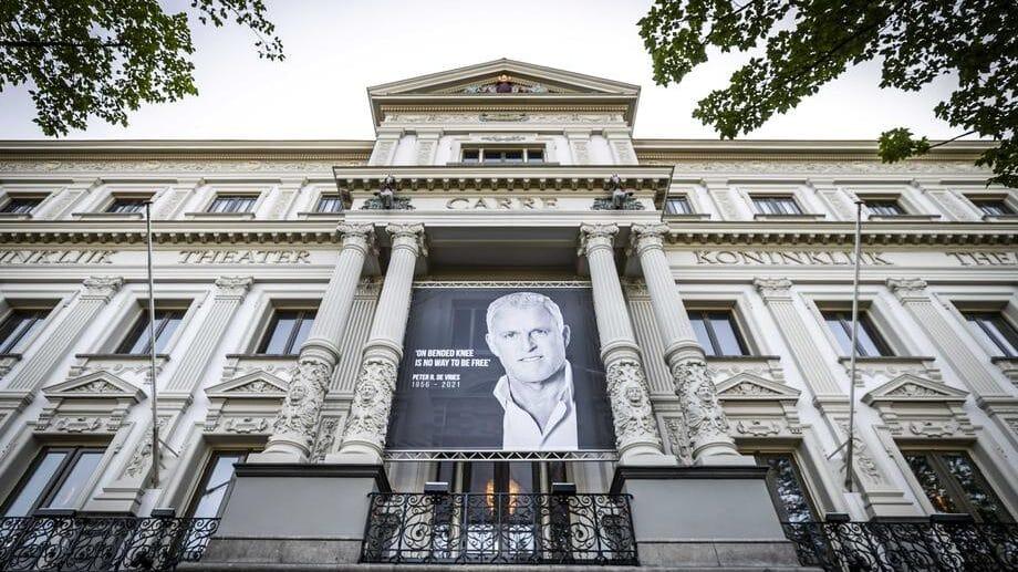 Holanđani odali poštu novinaru ubijenom u Amsterdamu 1