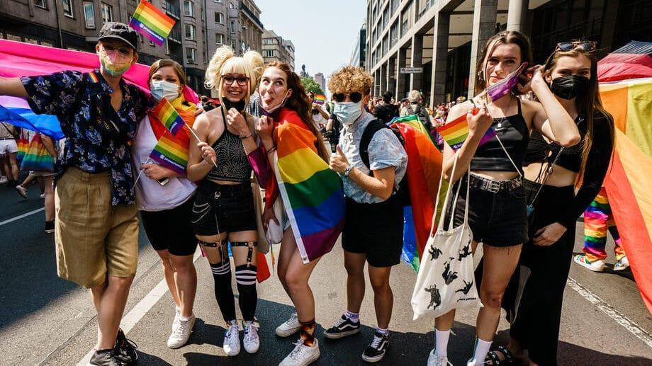 Oko 35.000 ljudi na paradi LGBTQ u Berlinu 1
