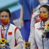 Kineskinje osvojile zlatnu medalju u sinhronim skokovima u vodu 10