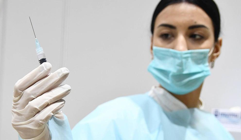 Francuska planira treću dozu vakcine protiv korona virusa za najosetljivije kategorije u septembru 13