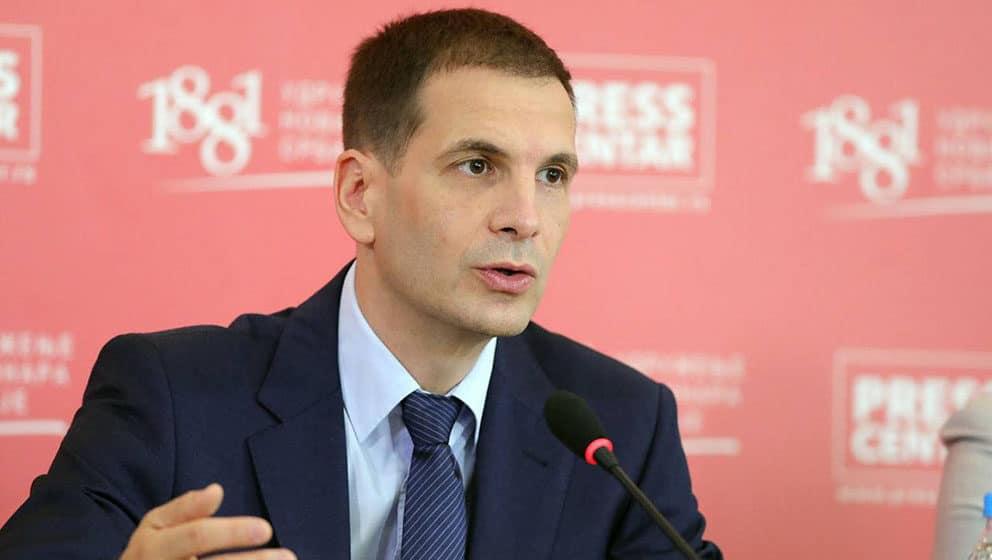 Jovanović (NADA): Građani poniženi, partijska knjižica danas najvažniji dokument 1