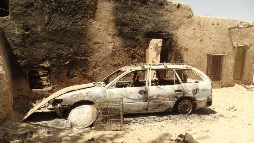 Gulu Muhamedu je spaljen auto u napadima 2016.