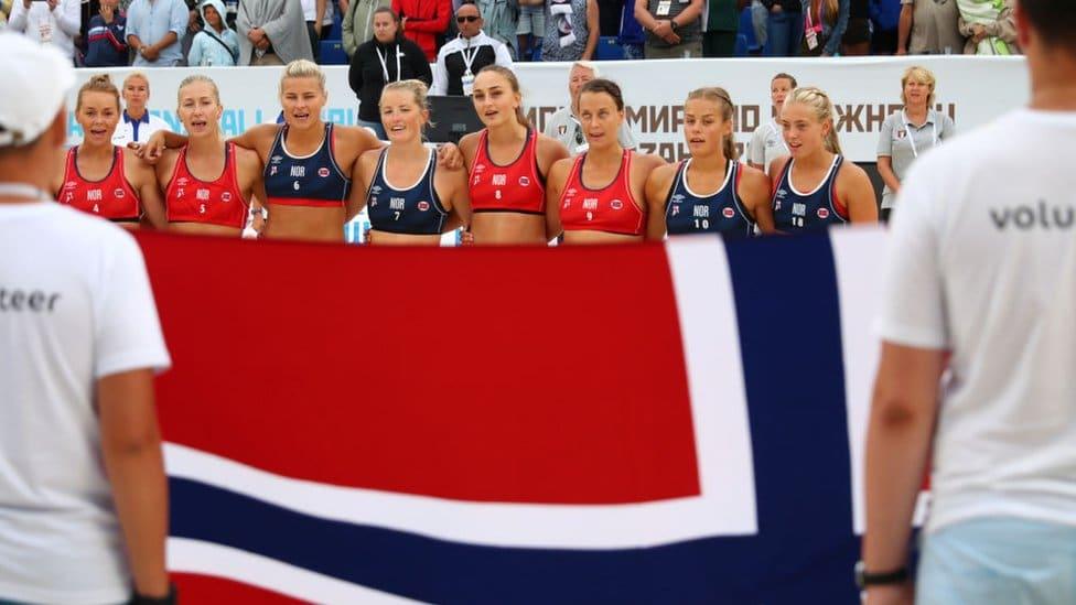 The women's Norwegian beach handball team in 2018