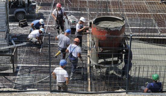 DS: Režim u Srbiji ne brine o radnicima, već ih iskorišćava 13