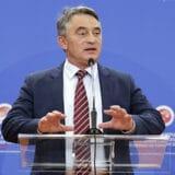 Komšić: Vučić ne može spasiti Dodika sankcija 12