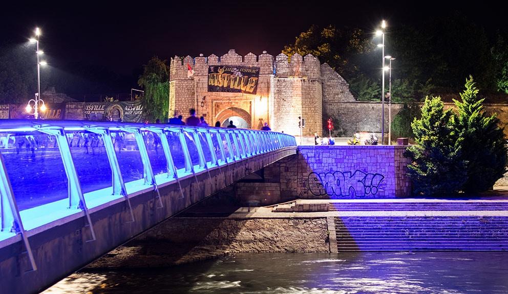 Tvrđavski most u Nišu preplaćen, ali svetli za sve pare 1