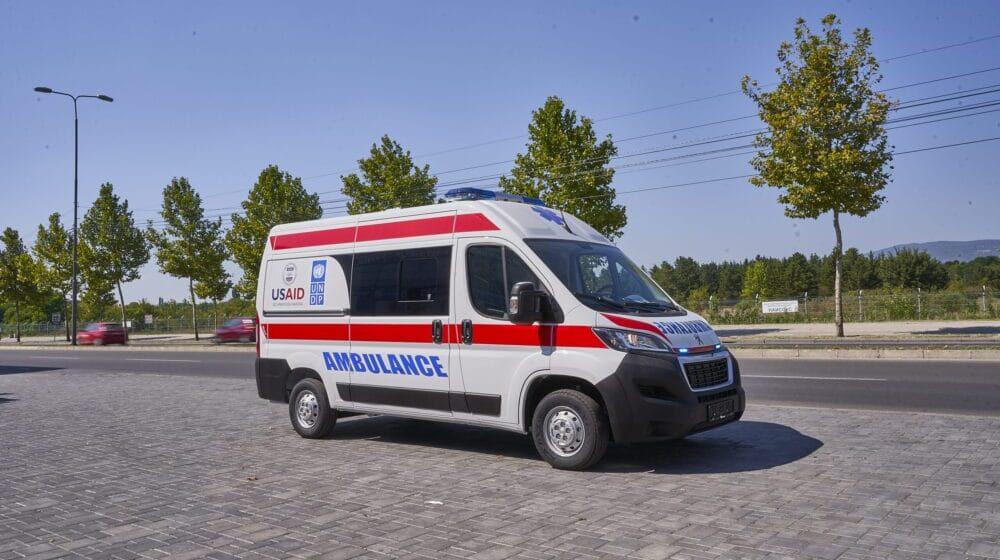 SAD donirale još pet ambulantnih vozila za zdravstvene ustanove u Srbiji 1