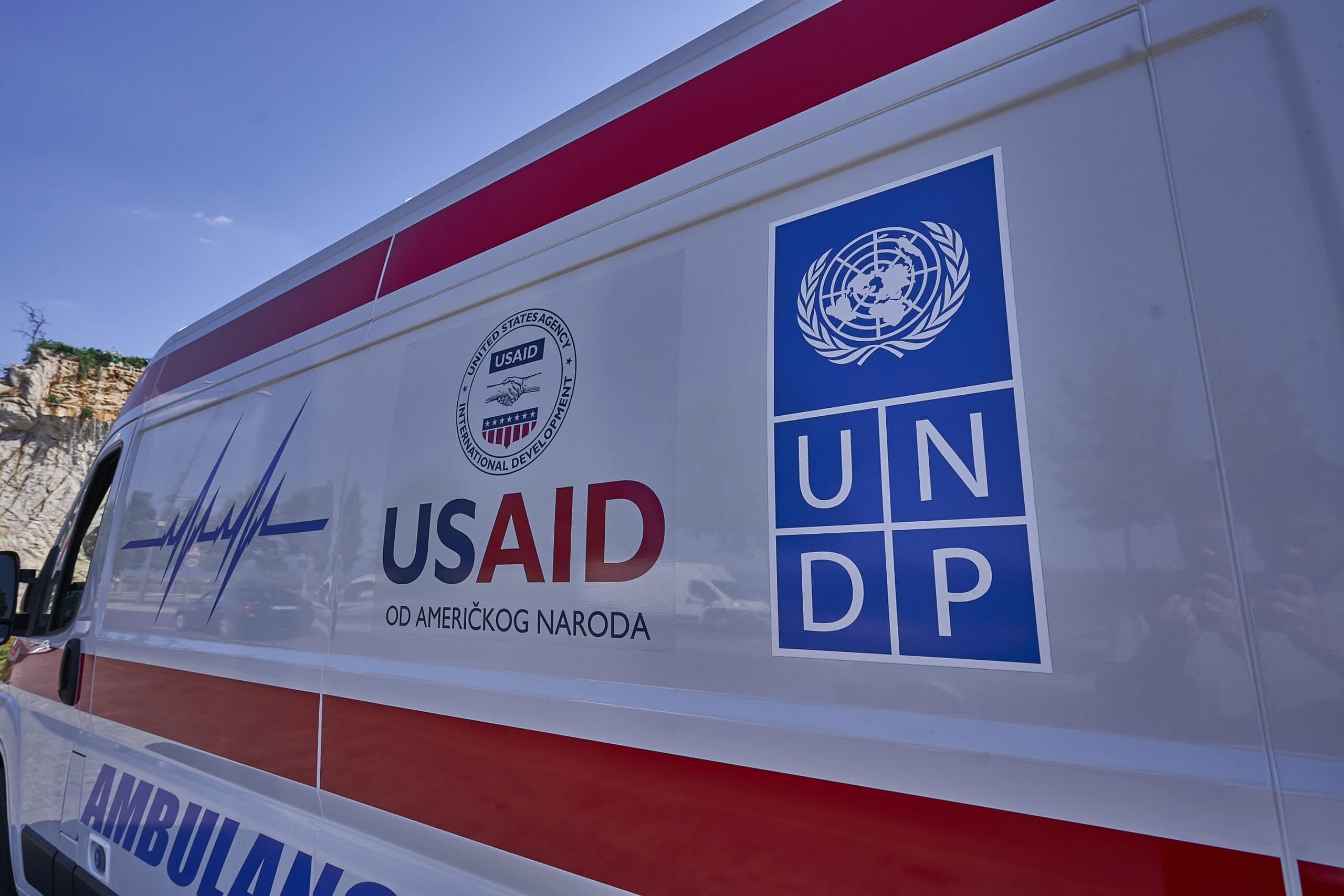 SAD donirale još pet ambulantnih vozila za zdravstvene ustanove u Srbiji 3