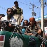 """Talibani: Odsecanje ruku """"neophodno radi bezbednosti"""" 12"""