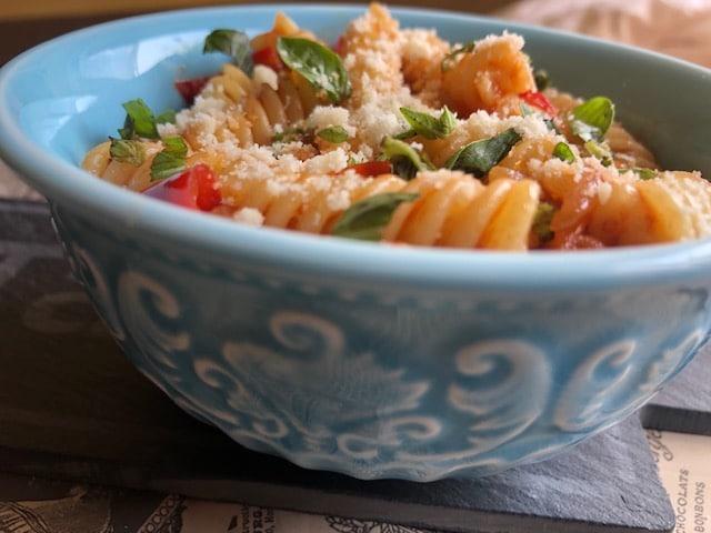 Sos od paradajza sa fusilima (recept) 2