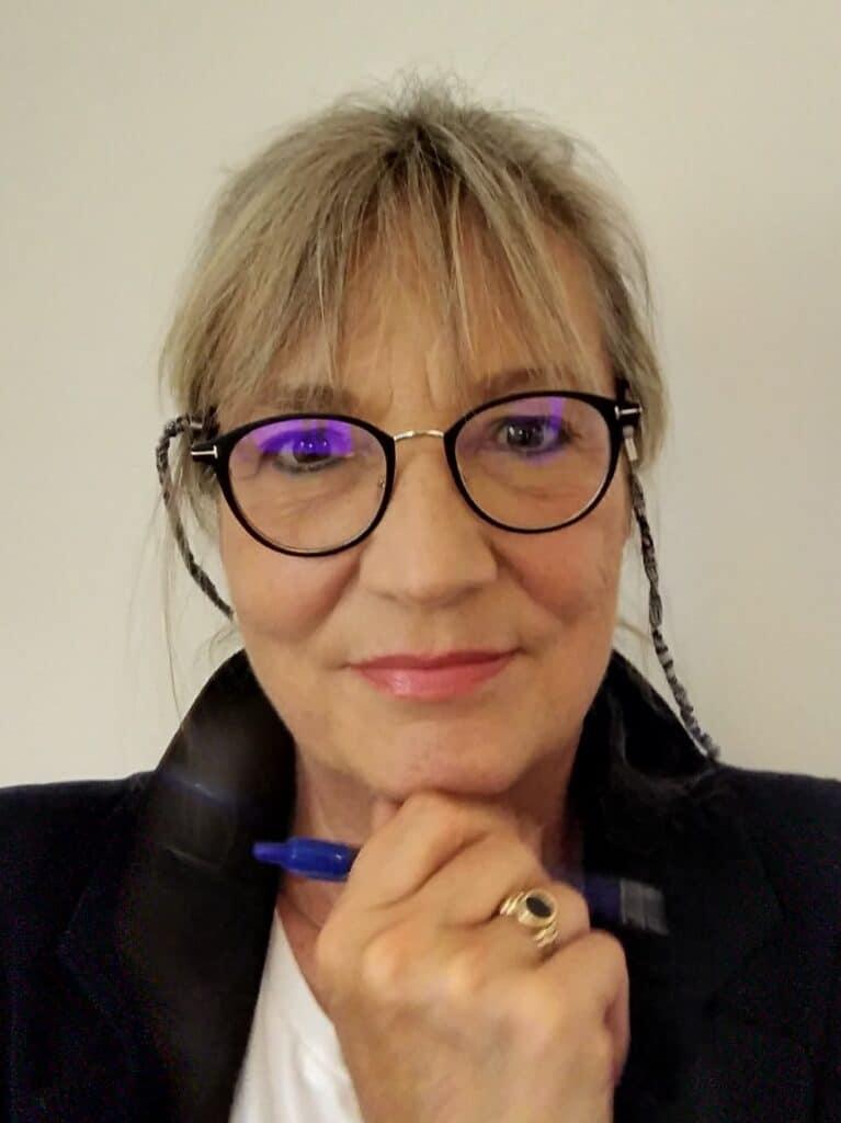 Johana Dajmel: Vučićeva zvezda tamni 2