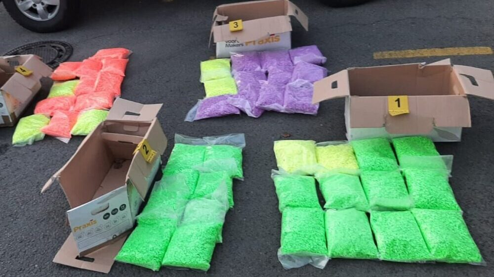 Policija u Batočini zaplenila 121 kilogram droge 1
