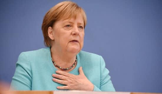 Angela Merkel pozvala da se glasa za Armina Lašeta da bi Nemačka ostala stabilna 13